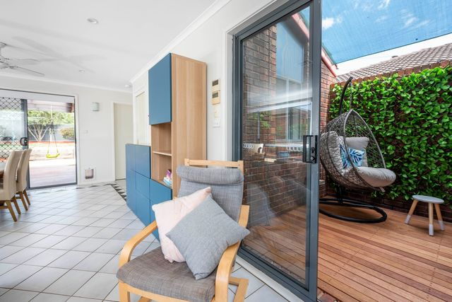 50 Evelyn Owen Crescent, ACT 2615