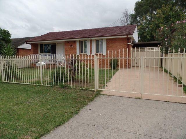26 Bobin Rd, Sadleir NSW 2168