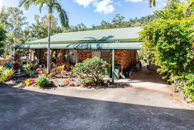 1 and 2/13 Eshelby Drive, QLD 4802