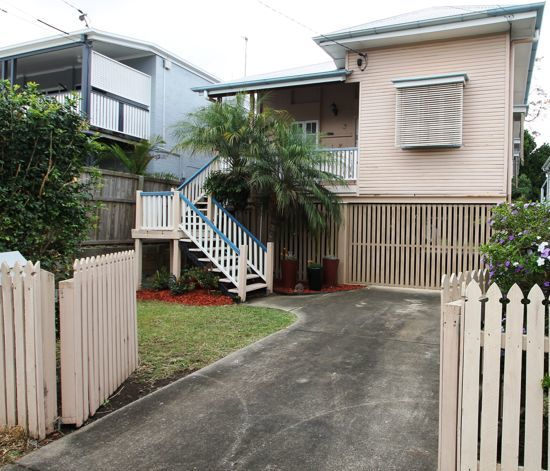 13A Adina Street, Norman Park QLD 4170