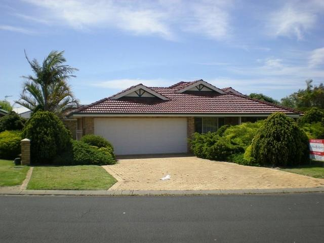 12 Litham Place, Pelican Point WA 6230