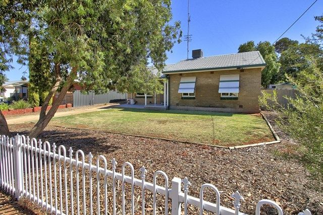 4 Farmer Street, SA 5345