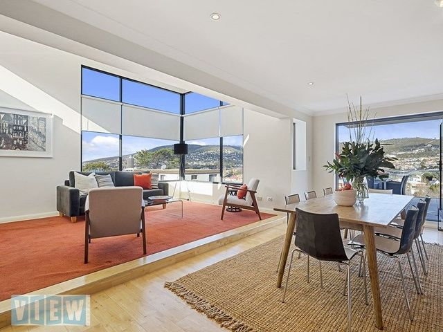 1/32 Bath Street, Battery Point TAS 7004
