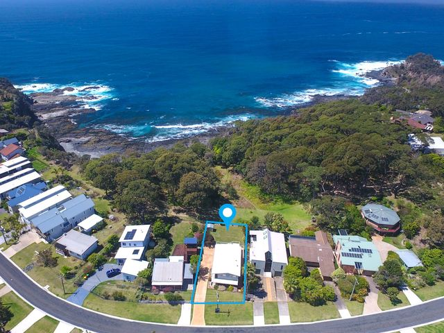 42 Karoo Crescent, Malua Bay NSW 2536