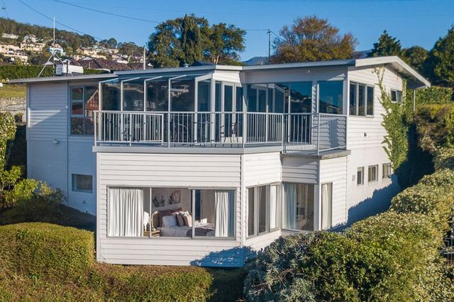 62 Red Chapel Avenue, Sandy Bay TAS 7005
