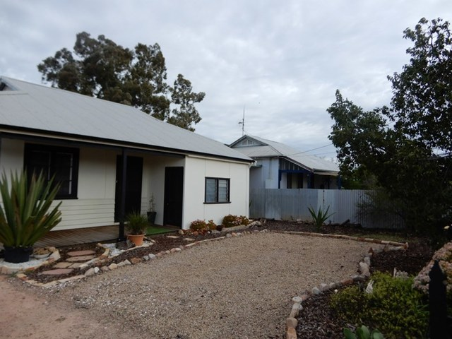 16 Simpson Rd, Port Pirie South SA 5540