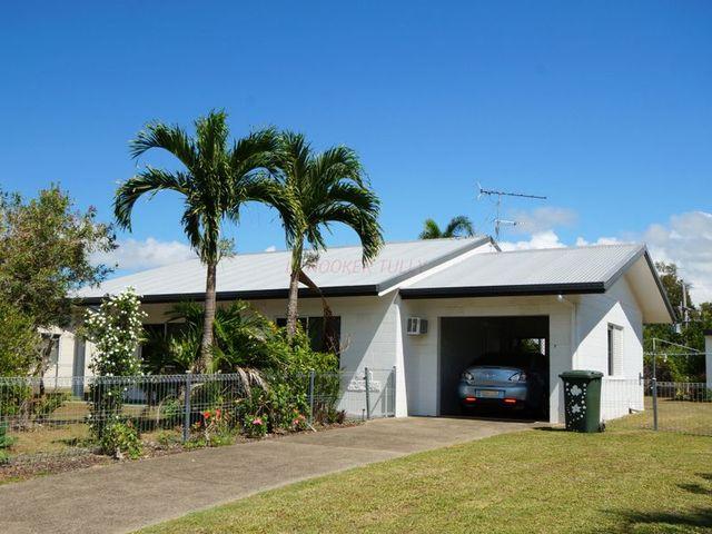 7 Casuarina Street, Tully Heads QLD 4854