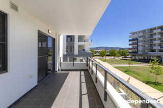 High-quality 3-bedroom apartment with appliance package - move in straight away! Greenway ACT 2900
