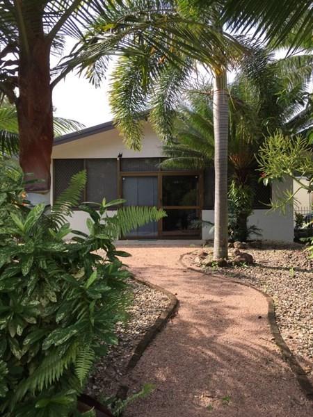32 Melaleuca Drive, Tully Heads QLD 4854