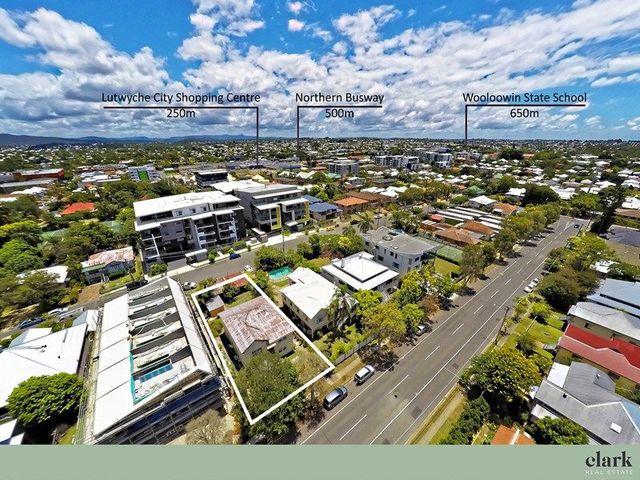 100 McLennan Street, Albion QLD 4010
