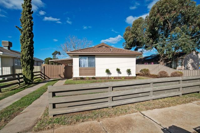 61 Harrison Crescent, Swan Hill VIC 3585