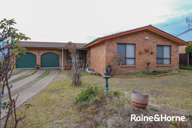 24 Weeronga Way, Kelso NSW 2795