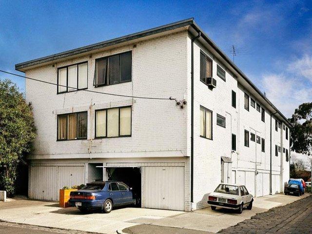 8/3 Balston Street, St Kilda East VIC 3183