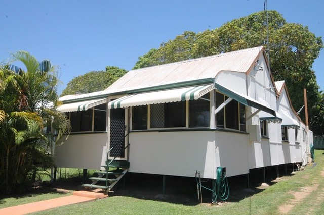 26 Vulture Street, Charters Towers City QLD 4820