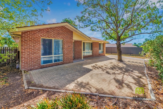 4 Greaves Place, ACT 2906