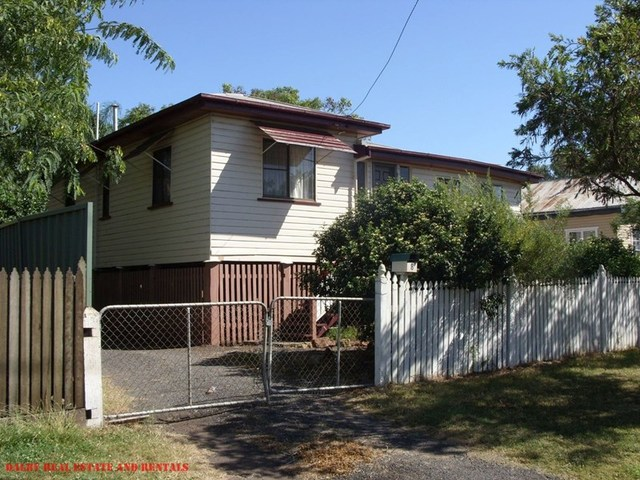 8 Myall Street, Dalby QLD 4405