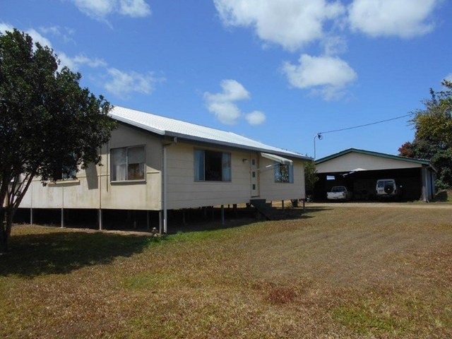 513 Tully Hull Road, Lower Tully QLD 4854