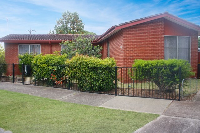 2 Hogan Grove, Werribee VIC 3030
