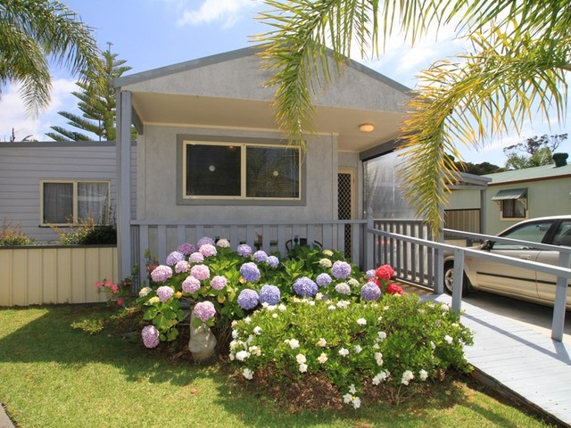 6/157 The Springs Road, Sussex Inlet NSW 2540