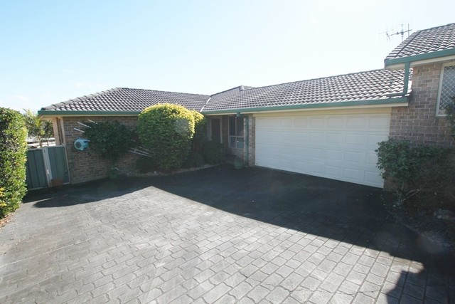 2/84 Pioneer Dr, Forster NSW 2428