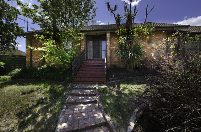 3 Hinchcliffe Place, Spence ACT 2615