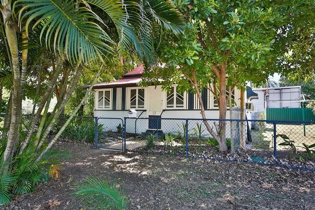 13 Seventh Avenue, South Townsville QLD 4810
