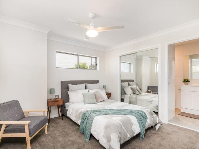 52 Embie Street, Holland Park West QLD 4121