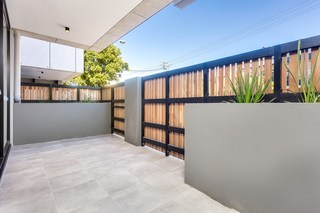 1/62 Pittwater Road