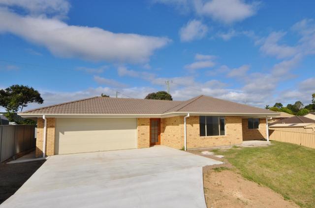 19 Rowe Drive, Macksville NSW 2447