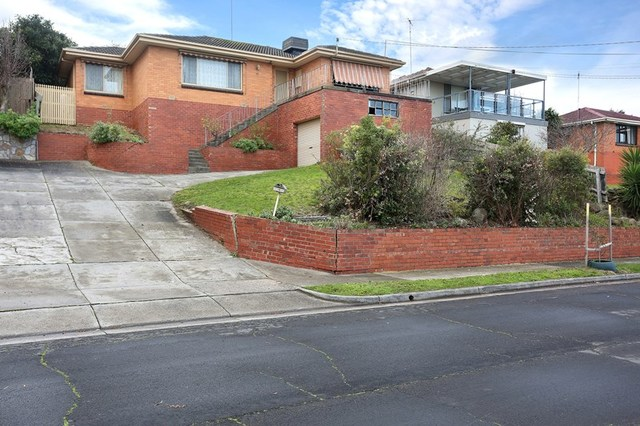 10 Cross Terrace, Glenroy VIC 3046