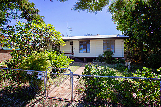 30 Moresby Street, Mount Isa QLD 4825