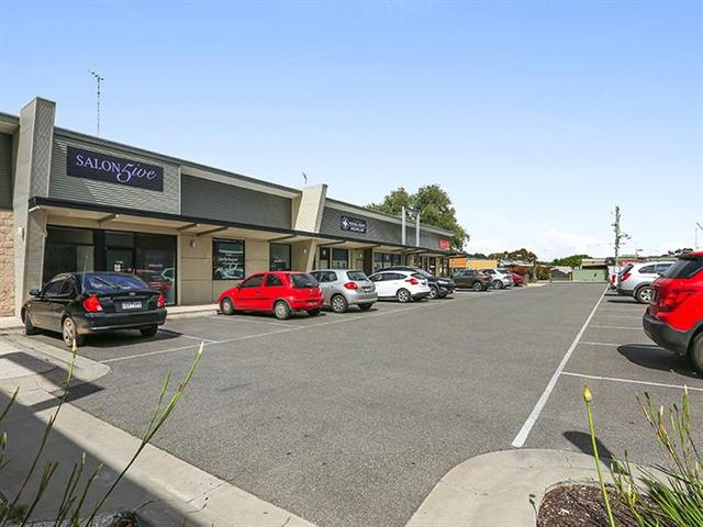 Shop 5, 3-5 Forest Road South, Lara VIC 3212