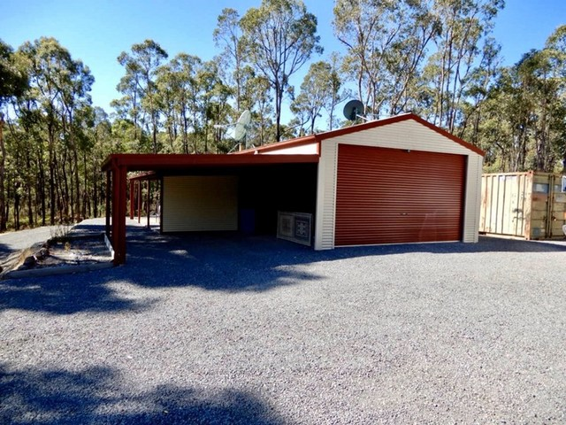 (no street name provided), Hillcrest VIC 3351