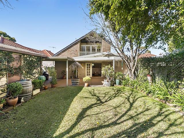 25 Colvin Avenue, Carlton NSW 2218
