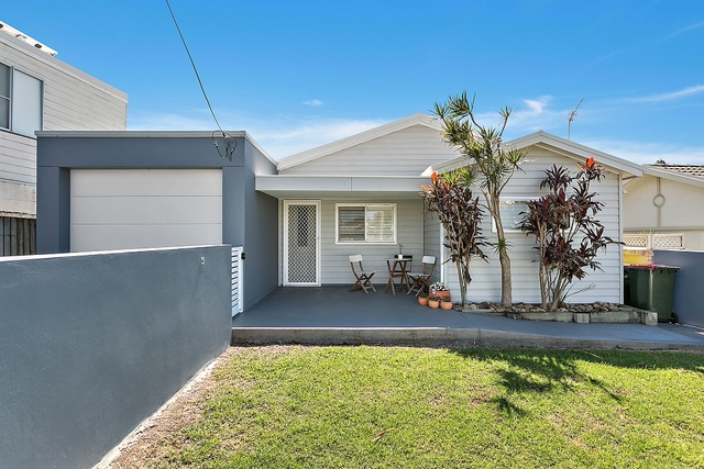 13 Boollwarroo Parade, Shellharbour NSW 2529