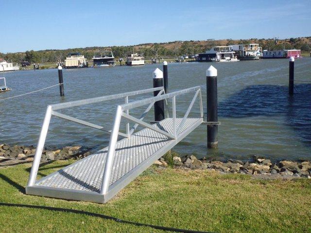 Pelican Drive, Mannum Waters Marina, Mannum SA 5238