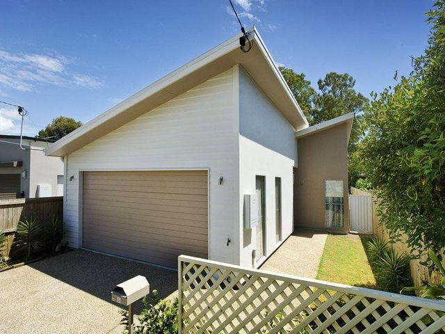 102 Eversleigh Road, Scarborough QLD 4020