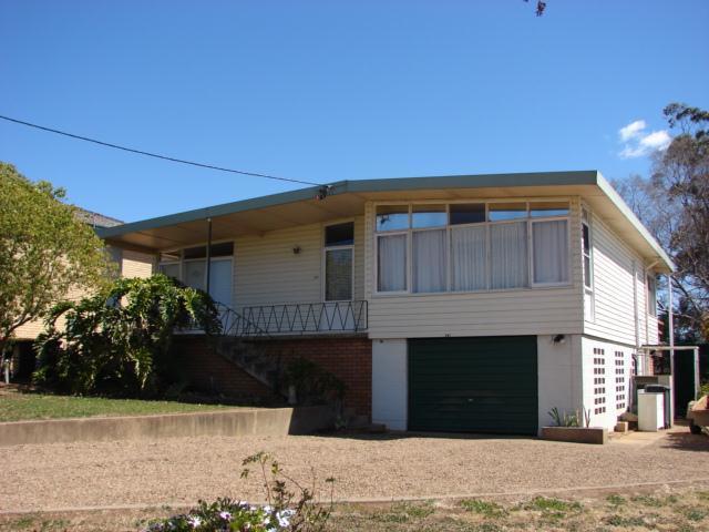 161 McQueen Street, Aberdeen NSW 2336
