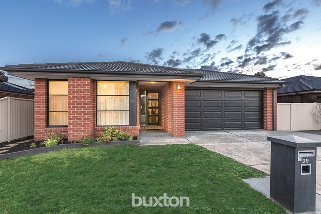 39 Normlyttle Parade, Miners Rest VIC 3352