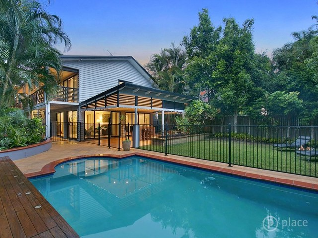93 Dewar Terrace, Sherwood QLD 4075