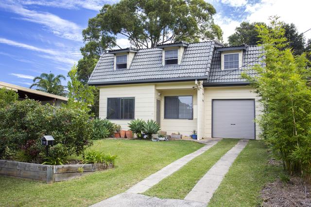 13 Woodglen Crescent, Mollymook NSW 2539