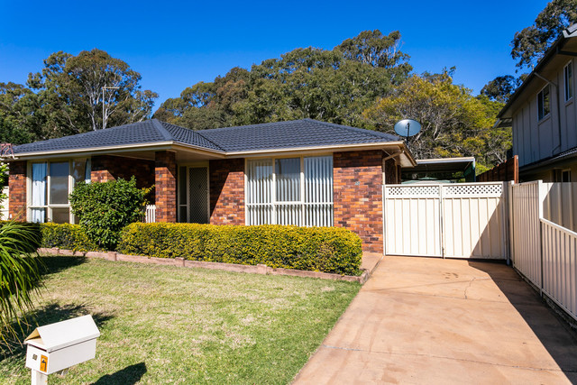 50 Loftus Drive, Barrack Heights NSW 2528