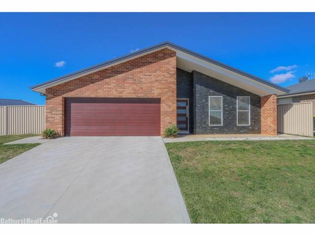 41 Wentworth Drive, Kelso NSW 2795