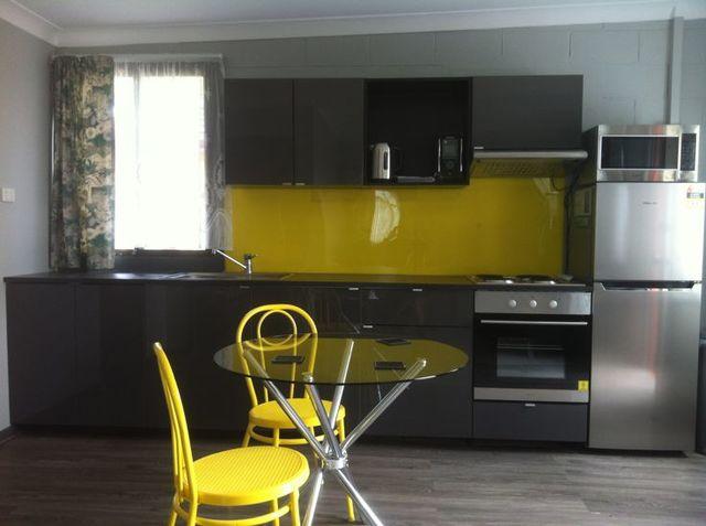7 Helen Avenue, NSW 2350