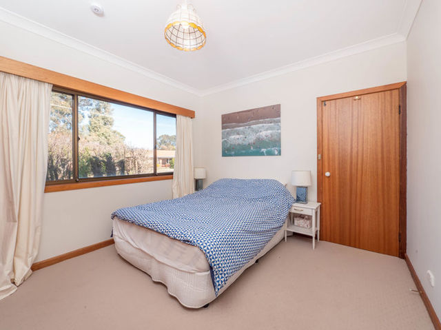 Room 2/15a Murray Avenue, NSW 2350