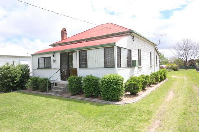 16 Granite Street, Stanthorpe QLD 4380