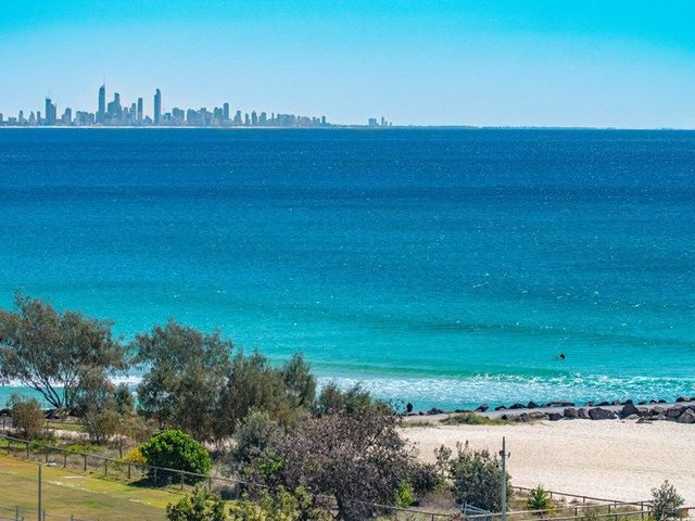 28/62 Marine Parade 'Points North', Coolangatta QLD 4225