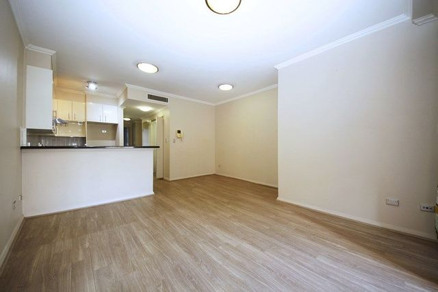 71/1 Brown Street, NSW 2131