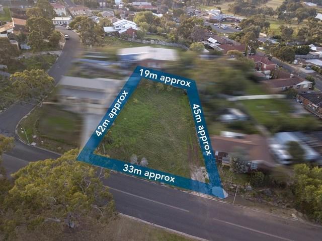 4 Swans  Road, Darley VIC 3340