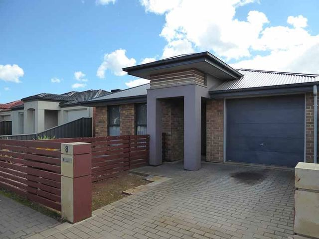 8 Lonsdale Crescent, Andrews Farm SA 5114